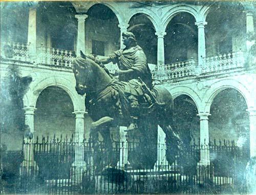 EL CABALLITO, Historia, Estatua Ecuestre de Carlos IV, Sitios ocupó ...